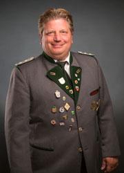 001 Nikolaus Heinz