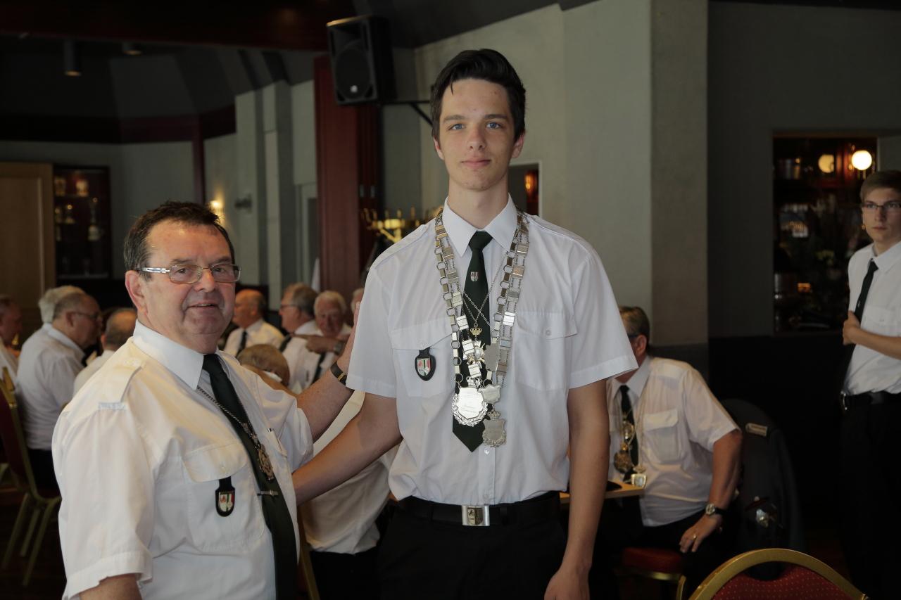 Emanuel Hoffmann mit seinem stolzen Großvater